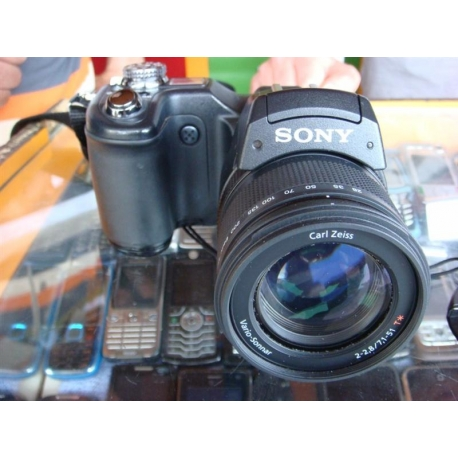SONY F828 -2.El Dijital Fotoğraf Makinesi-Digital Ekrem