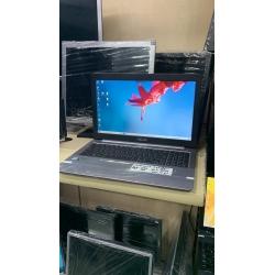 Asus i7 laptop 8gb rem 256SSD 4gb GTX 950M ekran kartı - Yağmur Spot